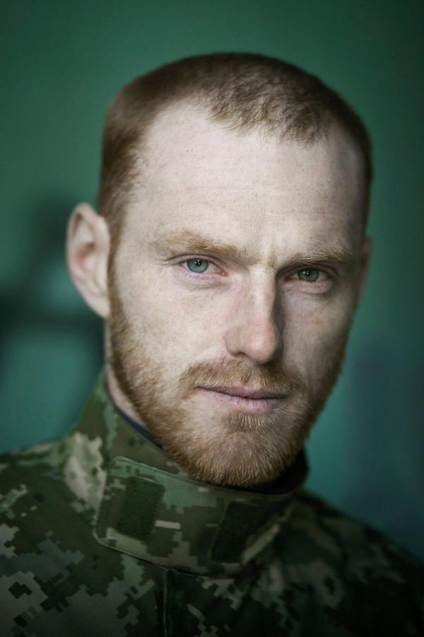 Виставки «Портрет солдата» та «Сильні духом. Мами»